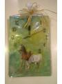 Zegar zielony z końmi
